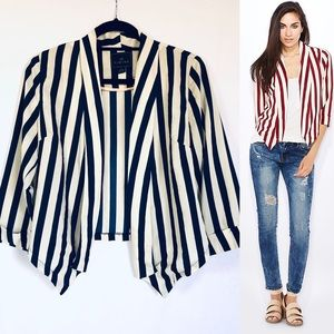 Timing navy and off white thin blazer